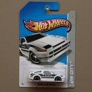 Hot Wheels 2013 HW City Toyota AE-86 Corolla (white)