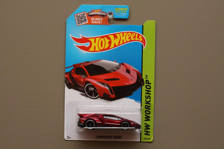 Hot wheels 2015 hw workshop lamborghini veneno red for 9 salon hot wheels mexico