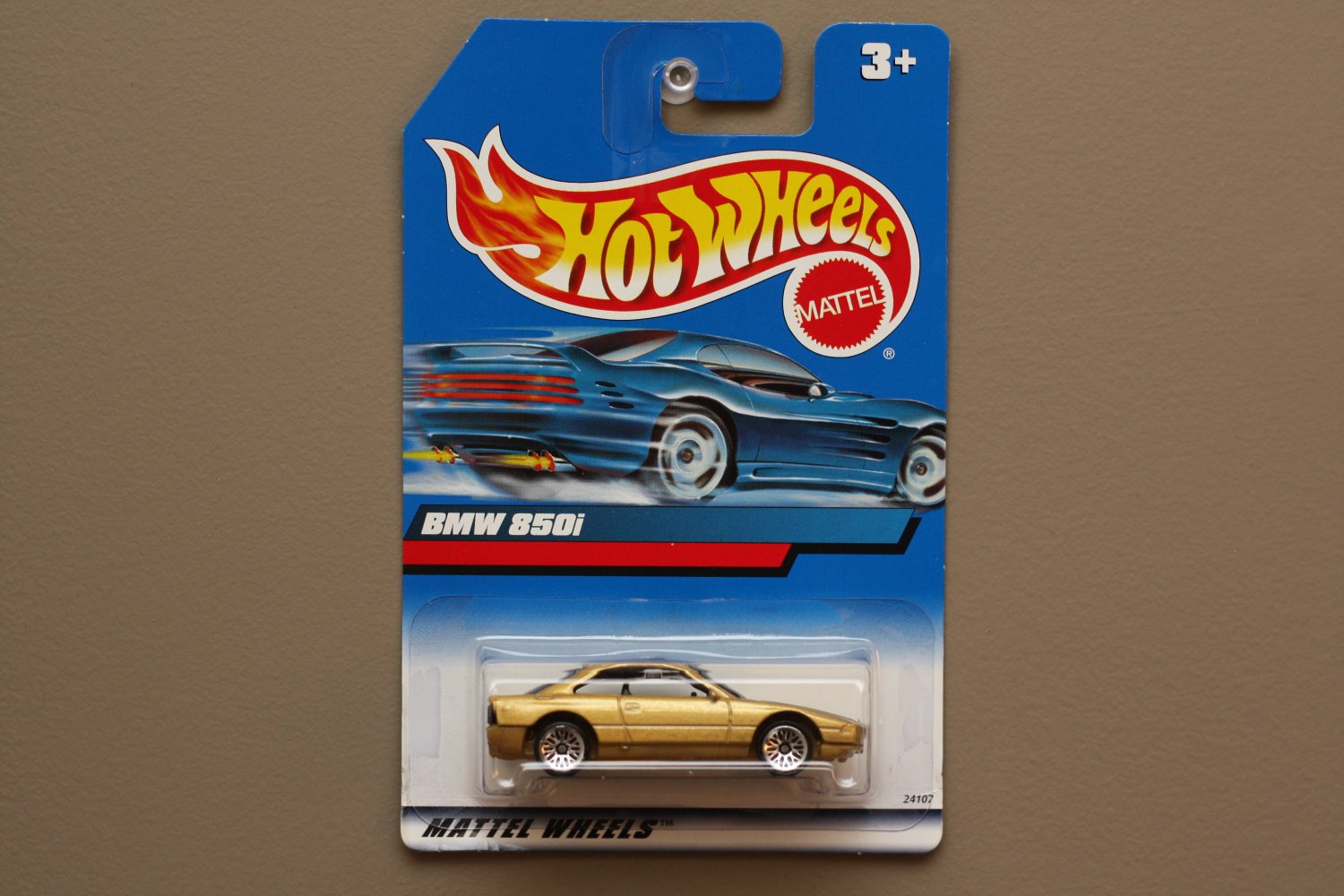 Hot Wheels 1999 Collector Series Bmw 850i Gold