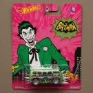 Hot Wheels 2015 Pop Culture Volkswagen Custom Deluxe Wagon (DC Comics Classic TV Series Batman)