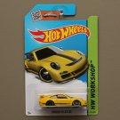[ASSEMBLY ERROR] Hot Wheels 2015 HW Workshop Porsche 911 GT3 RS (yellow)