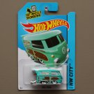 Hot Wheels 2015 HW City Volkswagen Kool Kombi (turquoise) (SEE CONDITION)