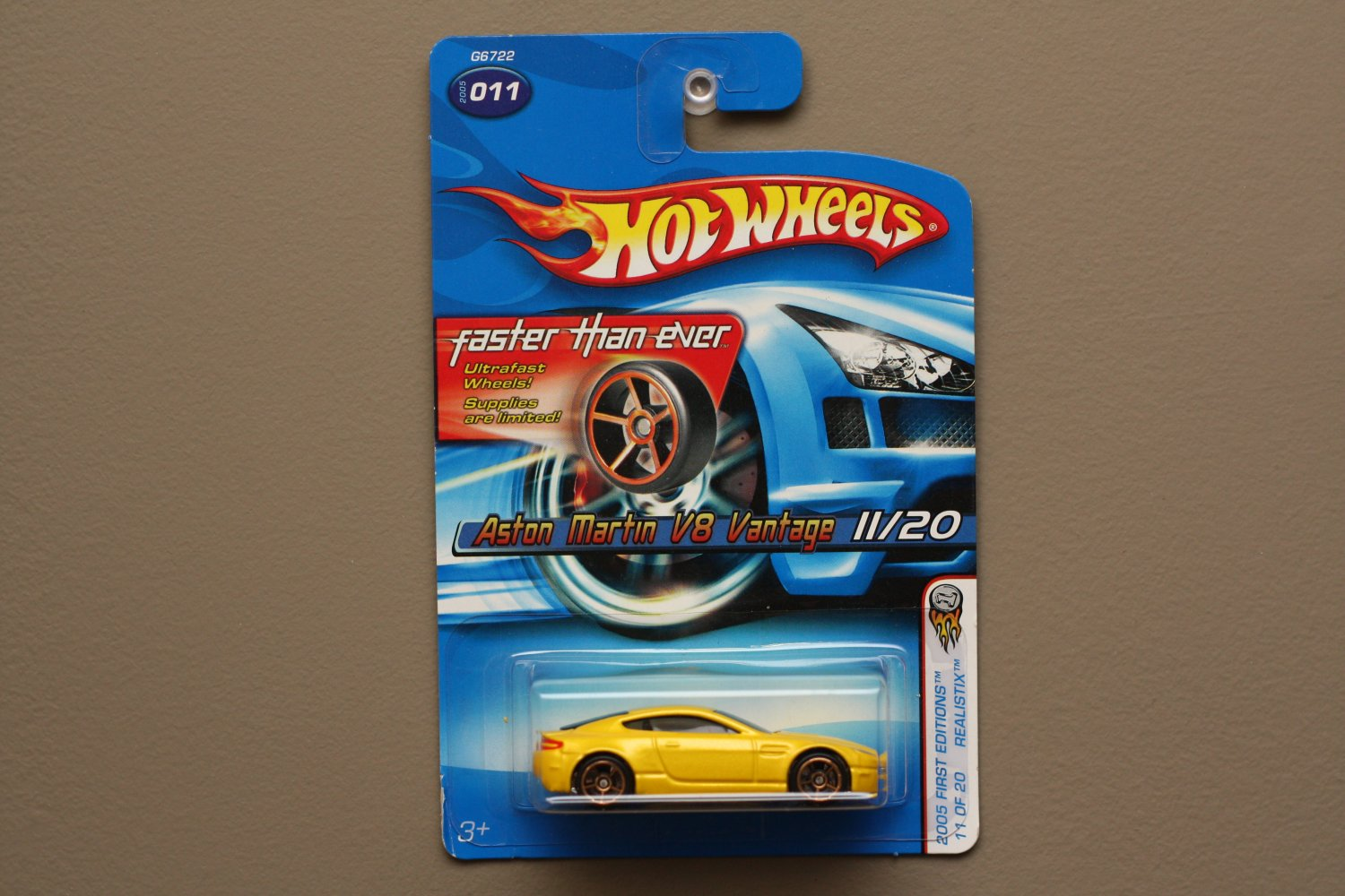 Hot Wheels 2005 First Editions (Realistix) Aston Martin V8 Vantage (yellow) (Faster Than Ever)