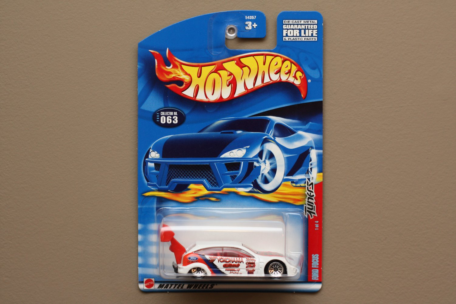 Hot Wheels 2002 Tuners Series Ford Focus (white)