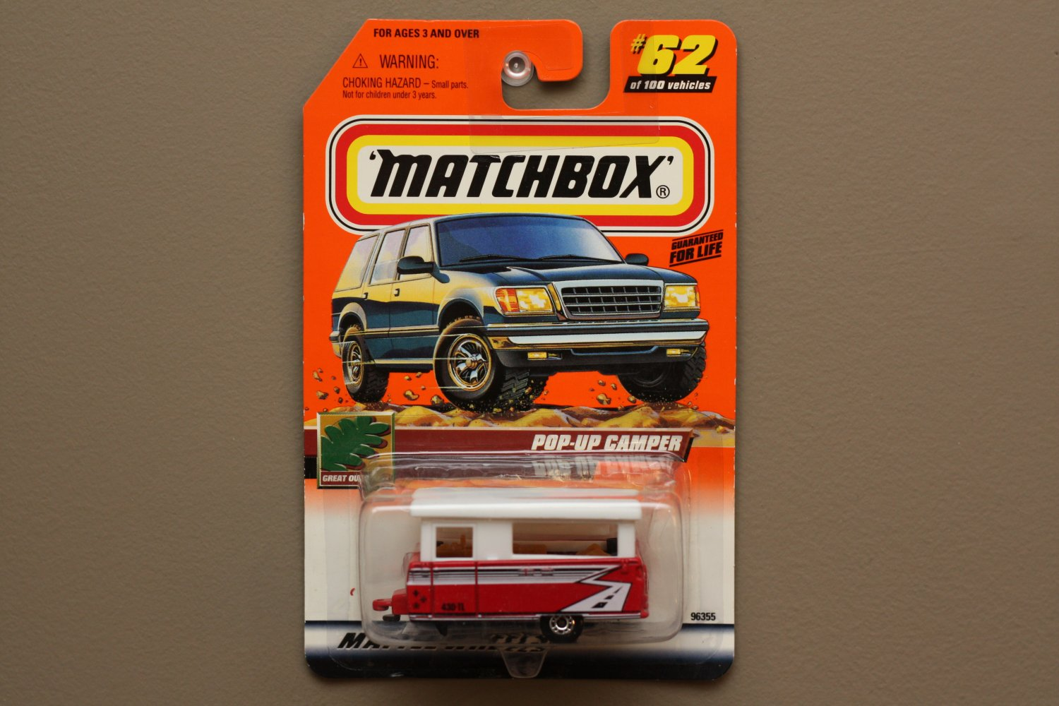 Matchbox 2000 Series 13 Pop-Up Camper (red) (Logo Car)