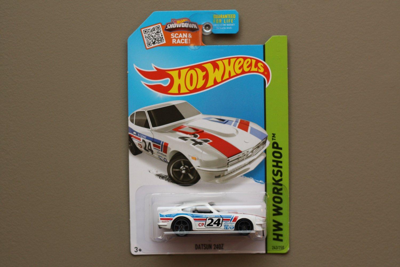 Hot Wheels 2015 HW Workshop Datsun 240Z (white)
