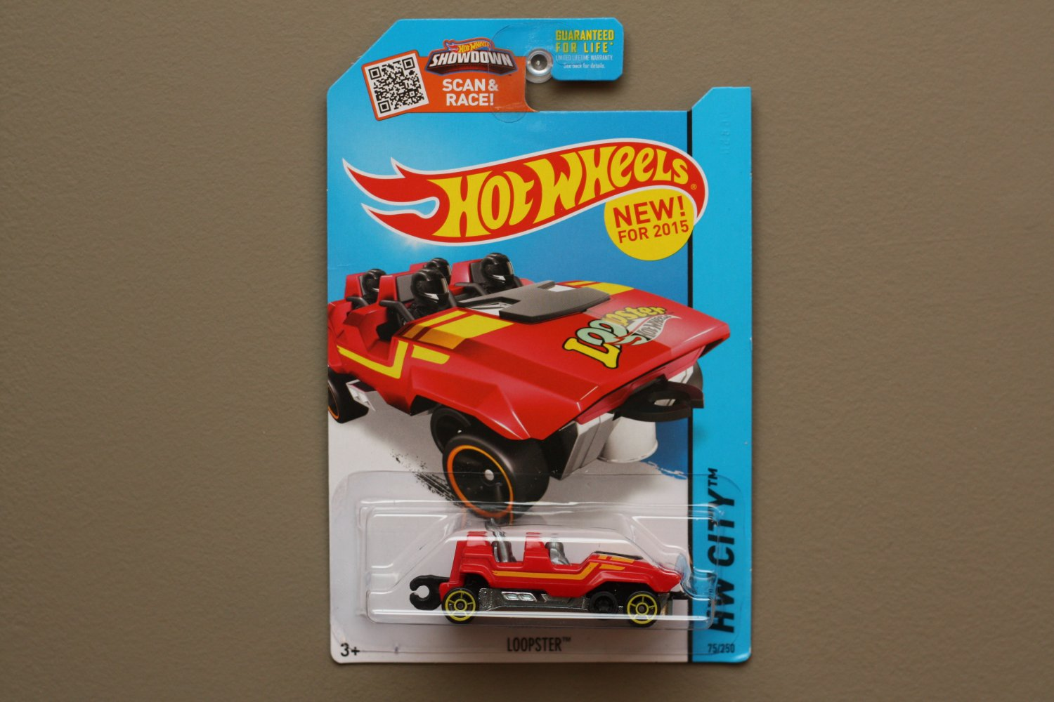 Hot Wheels 2015 HW City Loopster (red) (hands up variation)