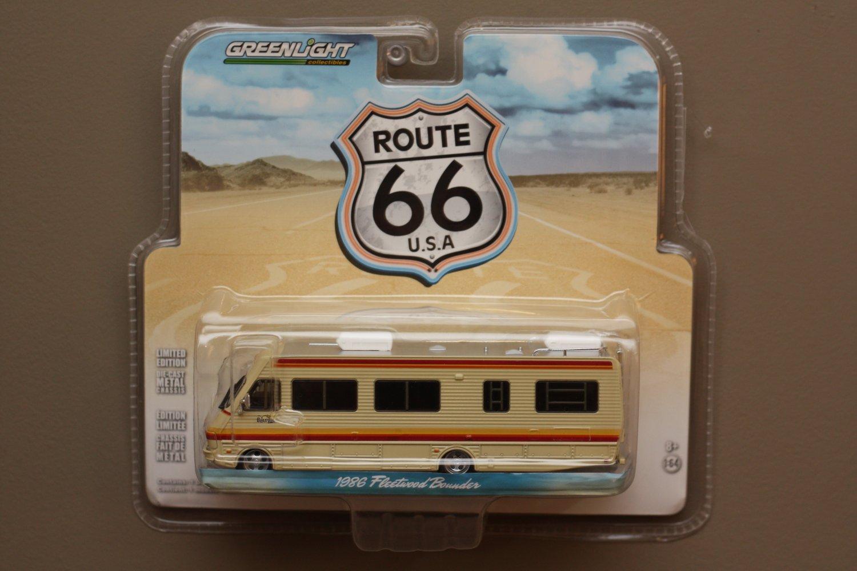 Greenlight HD Trucks Series 2 Route 66 1986 Fleetwood Bounder RV Motorhome