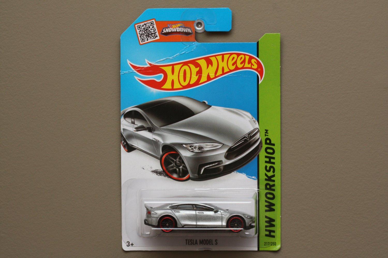 Hot Wheels 2015 HW Workshop Tesla Model S (silver) (SEE CONDITION)