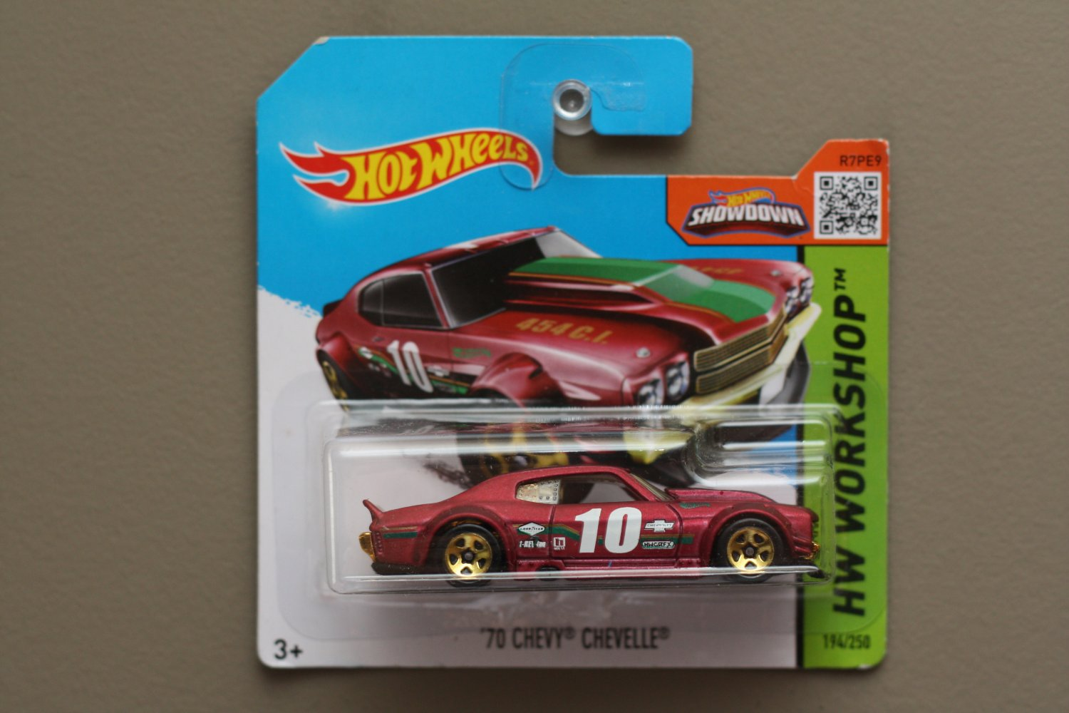 Hot Wheels 2015 HW Workshop '70 Chevy Chevelle (burgundy) (SEE CONDITION)