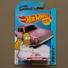 Hot Wheels 2015 HW City The Simpsons Family Car (pink)
