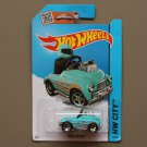 Hot Wheels 2015 HW City Pedal Driver (turquoise) (SEE CONDITION)