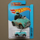 Hot Wheels 2015 HW City Pedal Driver (turquoise)