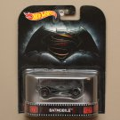 Hot Wheels 2016 Retro Entertainment Batmobile (Batman vs Superman: Dawn Of Justice)