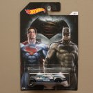 Hot Wheels 2016 Batman vs Superman Twin Mill
