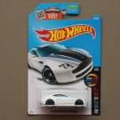 Hot Wheels 2016 HW Mild To Wild Aston Martin V8 Vantage (white)