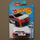 Hot Wheels 2016 HW Showroom Honda Odyssey (white) (SEE CONDITION)