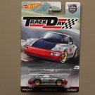 Hot Wheels 2016 Car Culture Track Day Porsche 964 Carrera 2 (Magnus Walker)