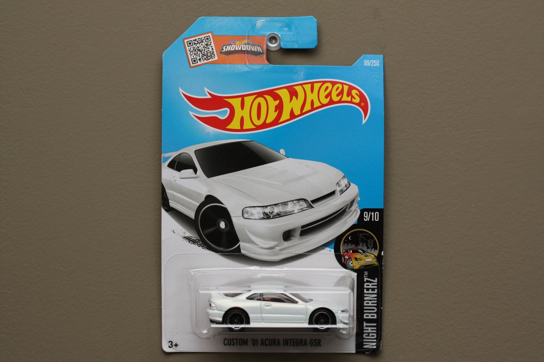 Hot Wheels 2016 Nightburnerz Custom '01 Acura Integra GSR (white) (SEE CONDITION)