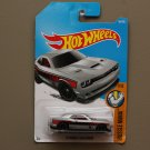Hot Wheels 2017 Muscle Mania '15 Dodge Challenger SRT Hellcat (silver) (SEE CONDITION)