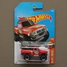 Hot Wheels 2017 HW Hot Trucks '87 Toyota Pickup Truck (red)