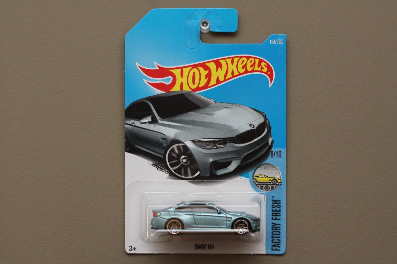 Hot Wheels 2017 Factory Fresh BMW M4 (pearlescent blue)