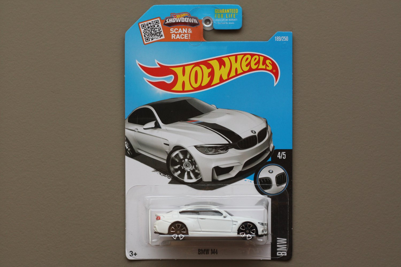 Hot Wheels 2016 BMW BMW M4 (white)