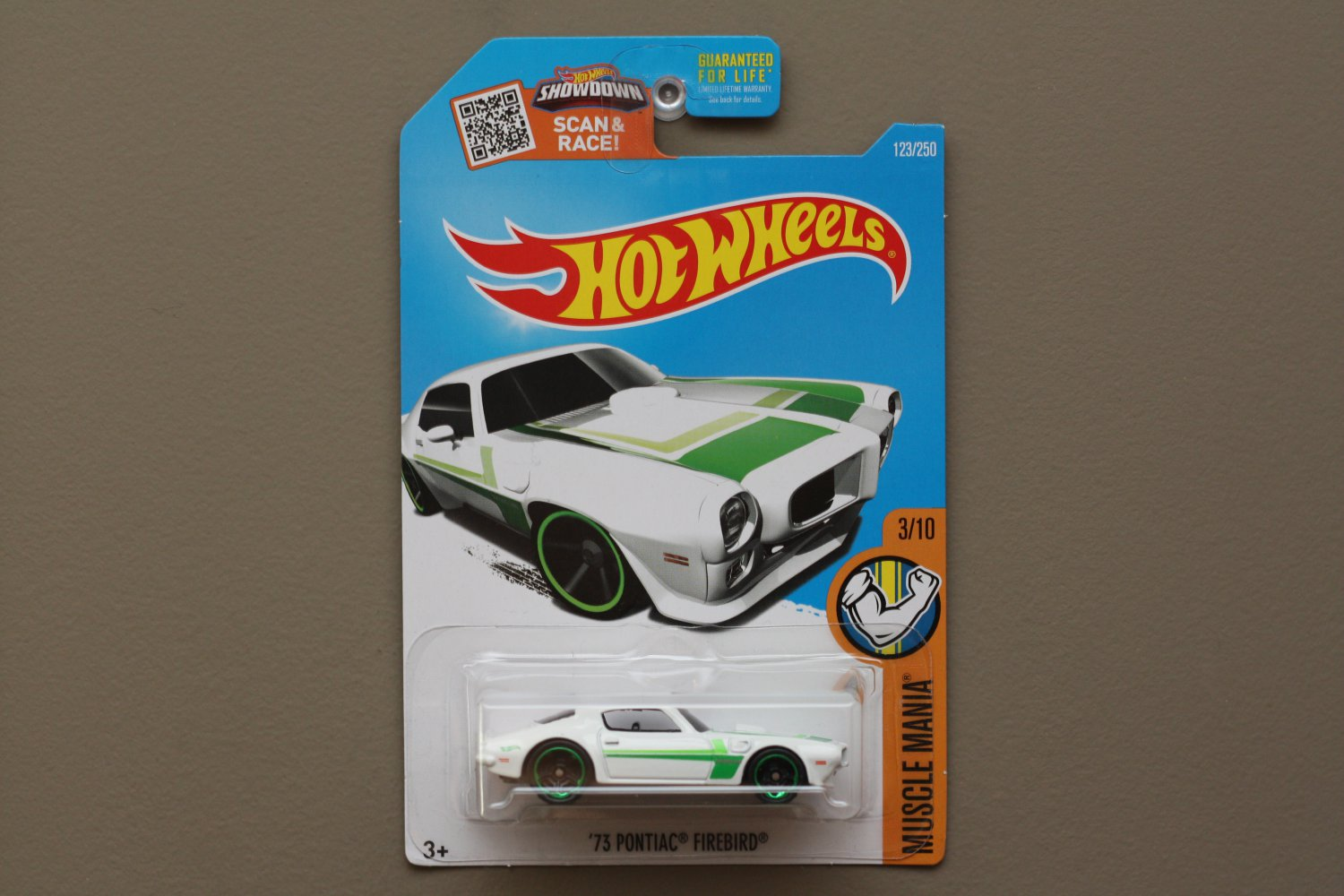 Hot Wheels 2016 Muscle Mania '73 Pontiac Firebird (white)