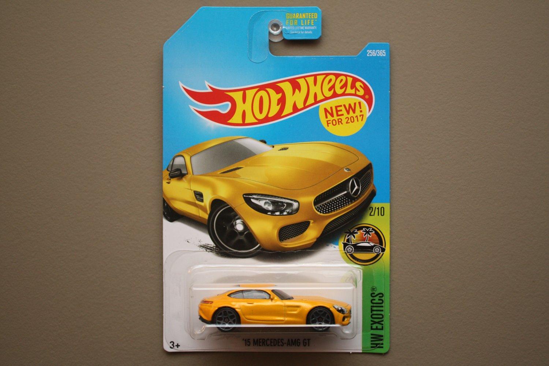 Hot wheels 2017 hw exotics 39 15 mercedes benz amg gt yellow for Hot wheels mercedes benz