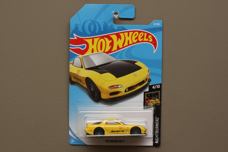 Hot Wheels 2018 Nightburnerz '95 Mazda RX-7 (yellow)