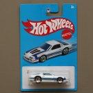 Hot Wheels 2016 Retro Nostalgia '85 Chevrolet Camaro IROC-Z