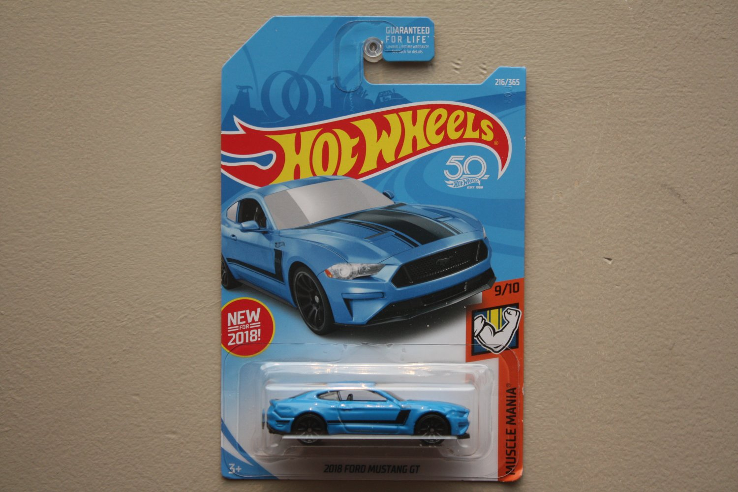 Hot wheels 2018 muscle mania 18 ford mustang gt blue see condition