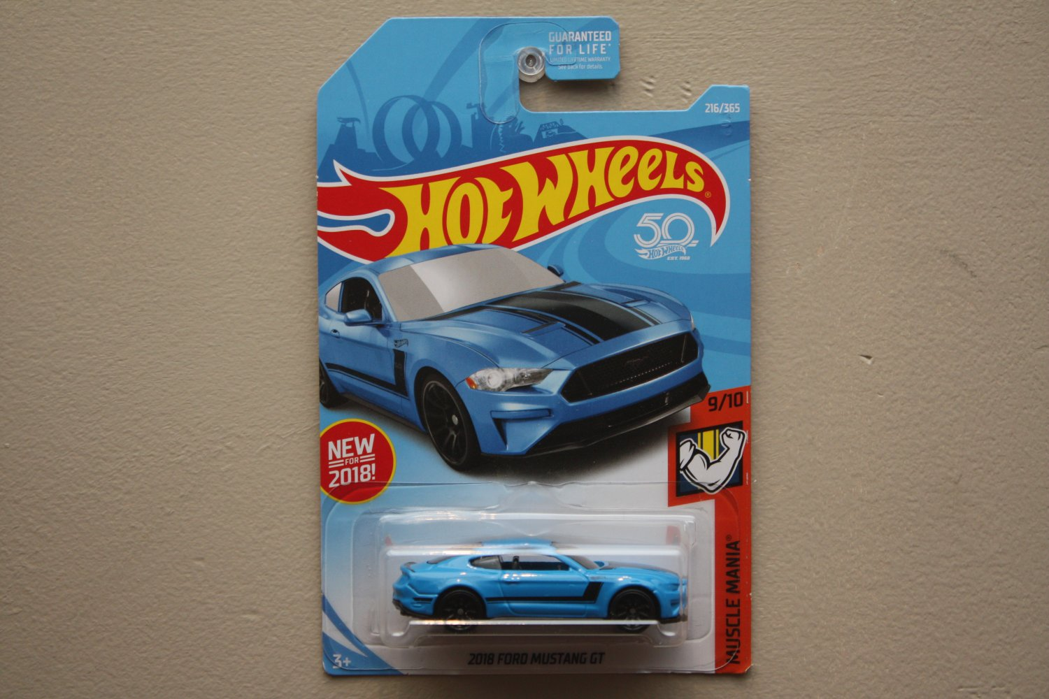 Hot wheels 2018 muscle mania 18 ford mustang gt blue