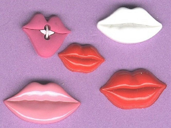 Realistic LIP buttons five fun buttons plastic and rubber