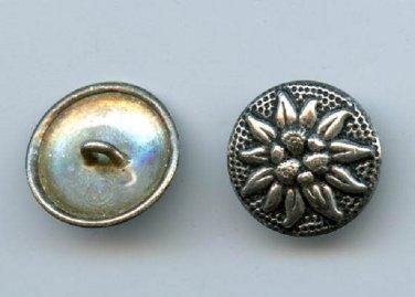 1 Edelweiss flower button vintage B/m button