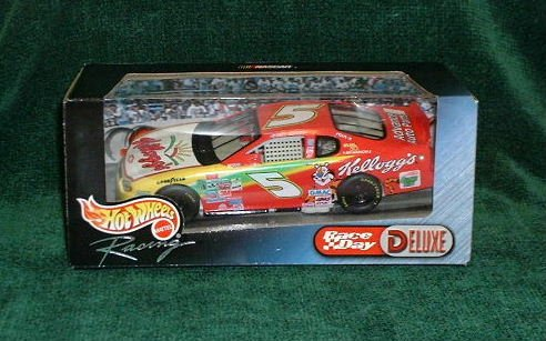 2000 Hotwheels Nascar 1/24 Kelloggs #5 Terry LaBonte