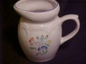 LOVELY COUNTRY DECOR FLOWERED POTTERY BEVERAGE PITCHER