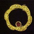 AMYTHEST RHINESTONE GOLD WREATH CIRCLE PIN BROOCH