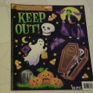 BRAND NEW 10 PC SCARY HALLOWEEN VAMPIRE COFFIN GHOST SKULL STATIC WINDOW CLINGS