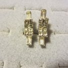 LOVELY VINTAGE CLEAR RHINESTONE SILVER TONE SCREW EARRINGS