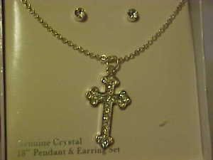 BRAND NEW CLEAR RHINESTONE CRUCIFIX  NECKLACE & PIERCED EARRINGS JEWELRY SET