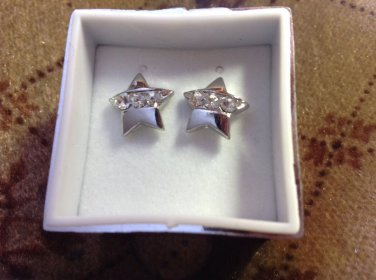 New in Gift Box Silver Tone Star Crystal Rhinestone Pierced Earrings Jewelry