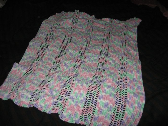 Pompador candy baby blanket