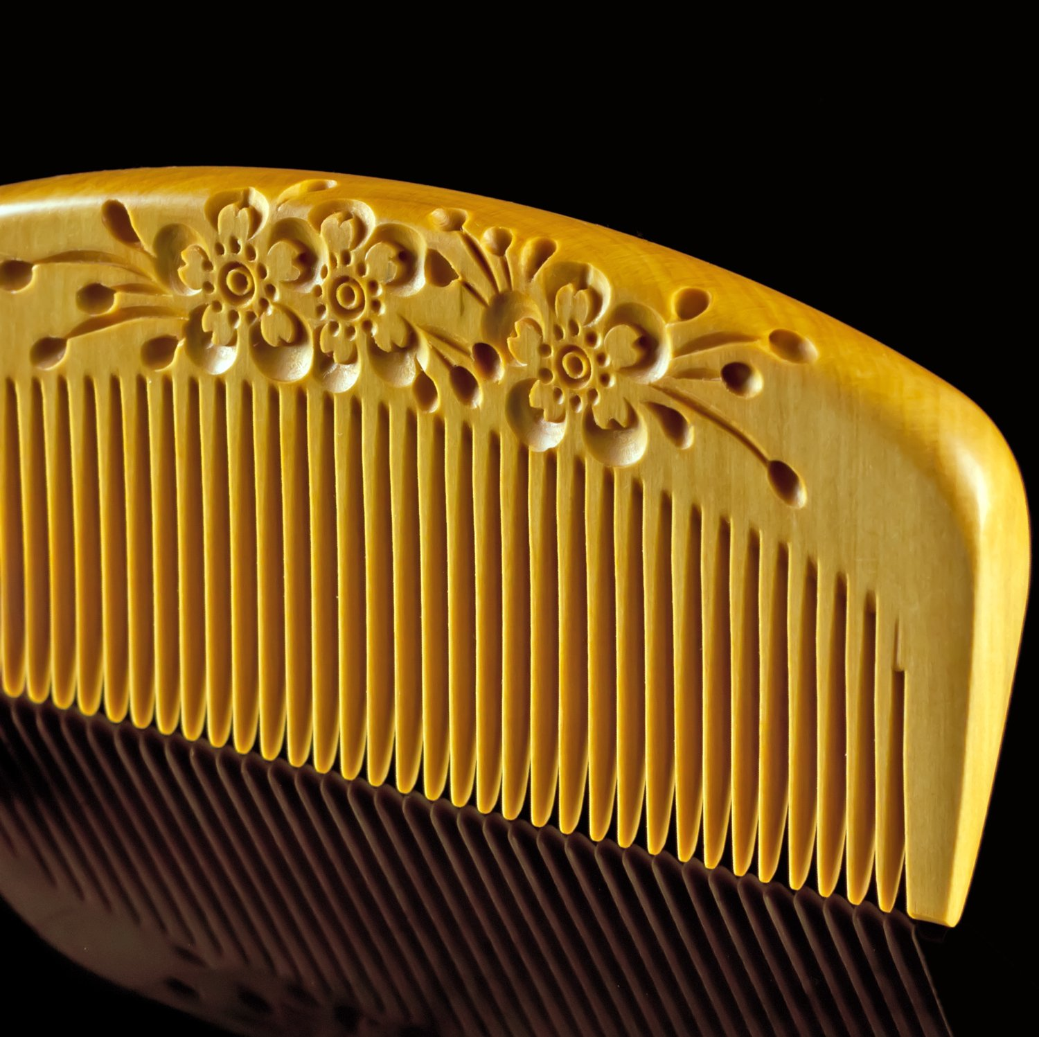 Japanese Tsuge Wood Comb