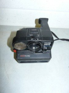 Vintage Polaroid Sonar One Step Pronto Land Camera  EC