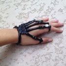 BLACK w/CLEAR STONE SKELETON HAND BONE TALON CLAW SKULL BRACELET CUFF FINGER KNUCKLE RING