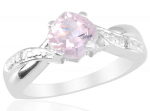 Rose Quartz (Cush 0.90 Ct), Diamond Ring in Sterling Silver (Size 9) TGW 0.92 cts. (Retail $96)
