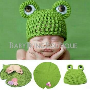 Baby Crochet Frog & Lilly Pad Photo Prop Outfit - Size 0-9 mo