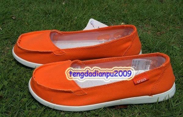 New Crocs� Santa Cruz  Women' shoes SZ:W5-W9=EUR35-39