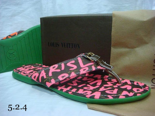 2010 New Style High-class Slippers Size 39---46